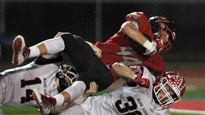Palatine pulls off upset against No. 1-ranked Maine South