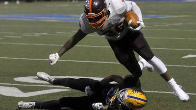 Recruiting: Brother Rice's Shaw, Bolingbrook's McLaurin, New Trier's Davidkov pick their schools