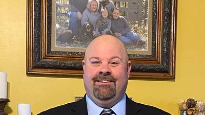 The Earlville mayoral race is over