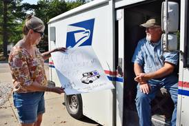Handled with care: Sycamore mail carrier honored as he retires after 35 years