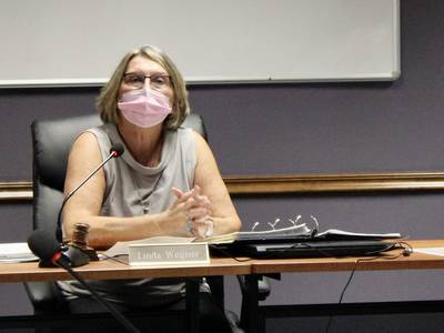 Dixon Public Schools to implement COVID-19 testing for unvaccinated workers