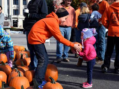 Free pumpkin pickup set for Oct. 23 to kick of Sycamore Pumpkin Festival