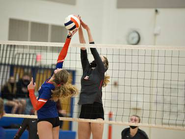 Volleyball: Eastland takes charge in both sets to stop Steamers