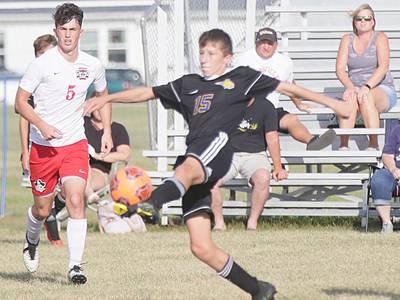 Boys soccer: Somonauk stays the course in 6-2 win over Earlville