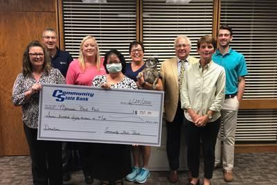 Bank donates $750 to Bark Park