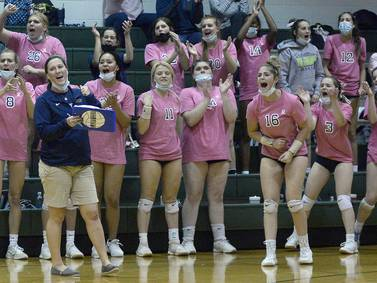 Photos: Marquette vs St. Bede volleyball