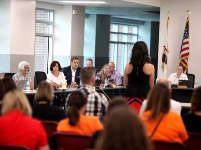 St. Charles School Board committee to review recommendations following complaints against board members