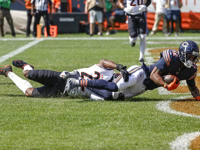 Bears injury report: Allen Robinson, Khalil Mack, Akiem Hicks sit out practice again Thursday