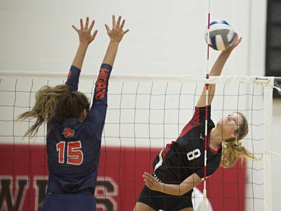 College volleyball: Fourth-ranked Sauk Valley holds off Highland in four close sets