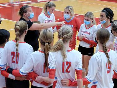 Volleyball: Ottawa rolls early, rallies late in win over Plano