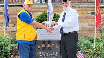Hinckley Lions donate to Veterans Memorial