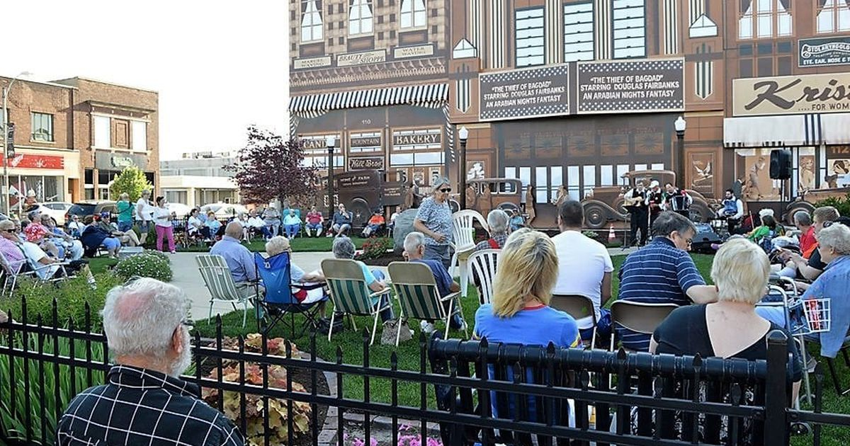 Jammin' at the Clock lines up 14 summer concerts in downtown Streator