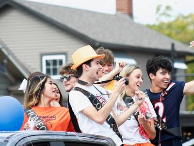 GALLERY: Oswego High School kicks off Homecoming Week with parade through Oswego's downtown