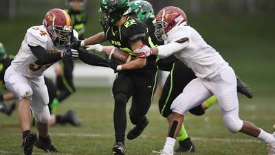 St. Edward uses the big play to run past Westmont