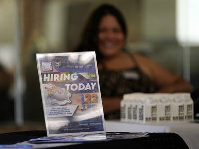 US unemployment claims rise third straight week to 362,000
