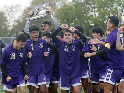 Class 1A IVC Boys Soccer Sectional: Mendota tops Quincy Notre Dame to capture program's first sectional title