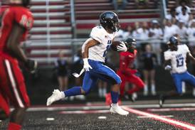Lincoln-Way East grinds out a win over Bolingbrook