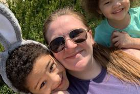 McHenry mom recovering after being hospitalized with COVID-19, put in coma after giving birth