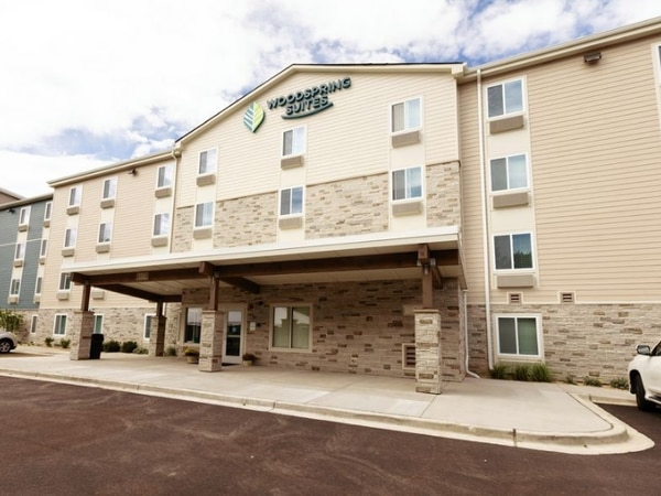 Downers Grove approves Ogden Avenue hotel and restaurant