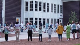 Fox Valley Hands of Hope creating COVID-19 memorial to honor lives lost during pandemic