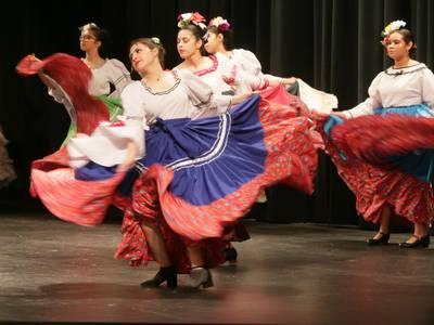Photos: De Colores dance group celebrates Hispanic culture at IVCC