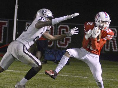 Week 8 football: Links to all our coverage across the Illinois Valley and beyond