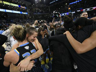 'A dream come true.' Joliet's Allie Quigley wins WNBA title in front of family, friends