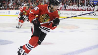 Blackhawks, Bulls allowed to have fans beginning May 7