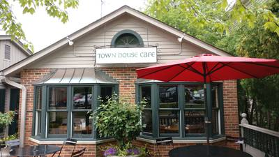 Mystery Diner in St. Charles: Town House Cafe proves perennial favorite