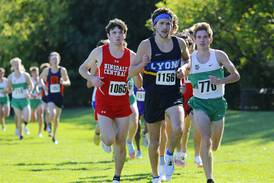 Cross Country: Dan Watcke closes fast for individual title, paces Hinsdale Central to first WSC Silver crown since 2014