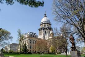Lawmakers returning to Springfield to consider congressional remap, more