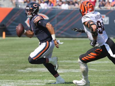 A closer look at Justin Fields' key plays in Sunday's win over the Cincinnati Bengals
