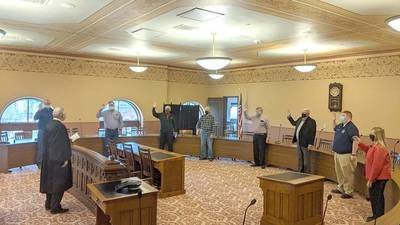 Ogle County board leaders reelected unanimously