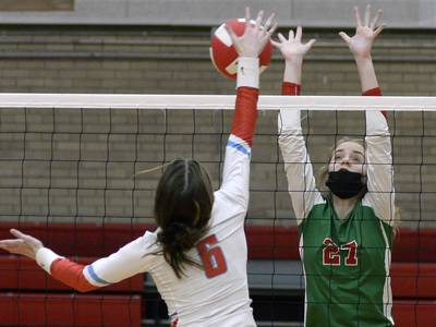 Volleyball: La Salle-Peru takes final two sets in I-8 win over Ottawa