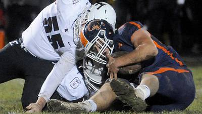 Anthony Cikauskas, Oswego D-line feast in first-round rout of Elgin