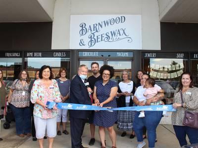 Batavia Chamber celebrates grand opening of  BarnWood & BeesWax