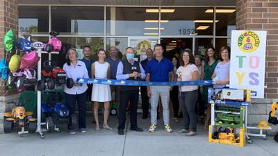 Batavia Chamber welcomes Toys 'n Hobbies 4 All with ribbon cutting ceremony