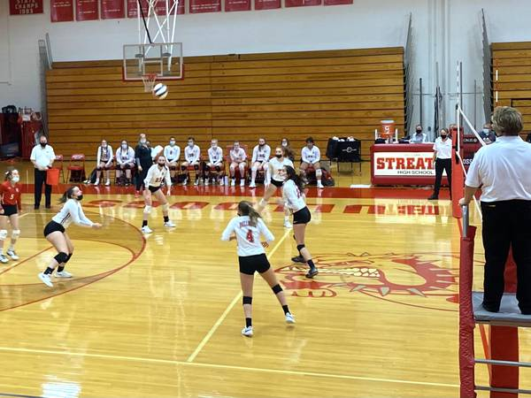 Streator 3A Volleyball Regional: Top-seeded Metamora knocks out Bulldog Spikers in straight sets