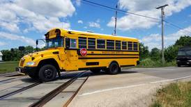 Bus driver scarcity, delays leaves Woodstock School District 200 rethinking schedules