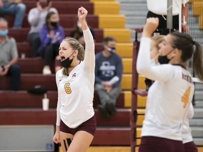 High school volleyball: Maggie Uhwat, Elissa Furlan power Richmond-Burton past Marengo