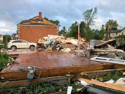 Tornado touches down in southern DuPage County; extensive damage in Woodridge