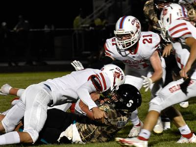 Behind Javarius Whitfield's 292 yards and 4 TDs, Ottawa tops Woodstock North, 36-21