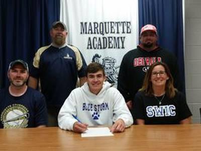 Luke Couch signs with SWIC baseball