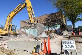 Building demolition underway in Mt. Morris