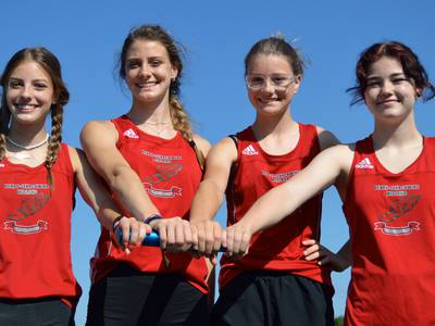 Family trip to state: 3 sisters, cousin make up Henry-Midland state-qualifying relay