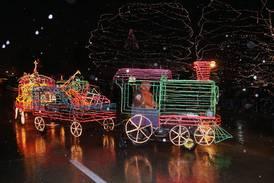St. Charles Electric Christmas Parade set to return this holiday season