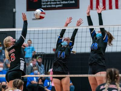 Photos: Little Ten Conference Tournament volleyball championship