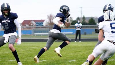 Live Coverage: Oswego East at Waubonsie Valley football
