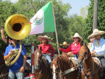 Mexican Independence Day Parade a Joliet tradition