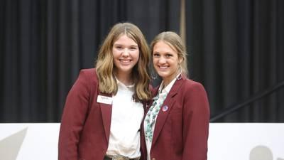 Lauren McMillan awarded scholarship during Junior National Hereford Expo
